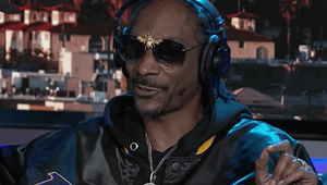 Snoop Dogg explains what makes a good blunt roller